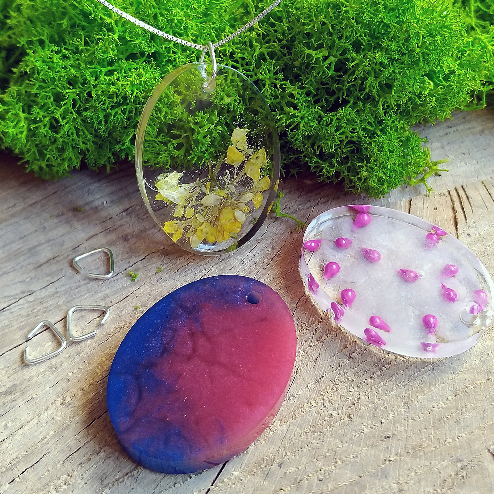EPOXY RESIN OVAL PENDANT