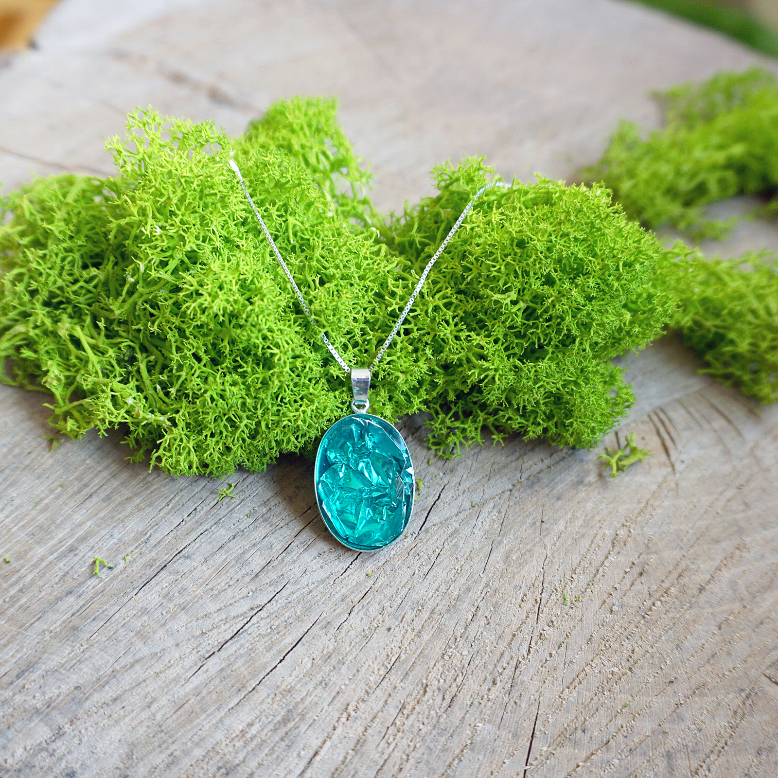 EPOXY RESIN SILVER NECKLACE